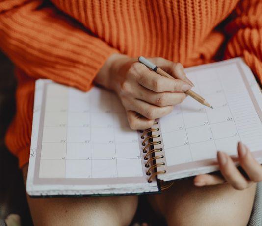Antike und moderne Kalender